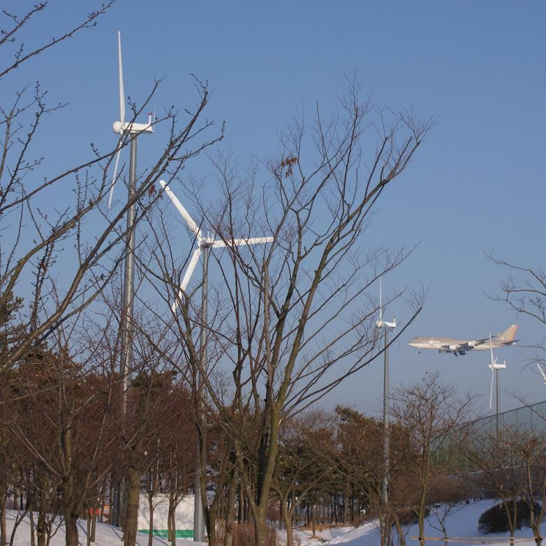 H8.0-10kw wind-solar-deisel hybrid turbine system